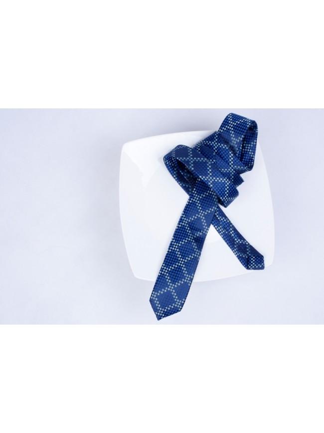 Krawat model 020